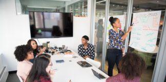 Co kontroluje pip w zakładzie pracy?