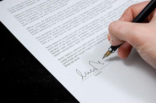 Ile trwa okres wypowiedzenia umowy o pracę na czas nieokreślony